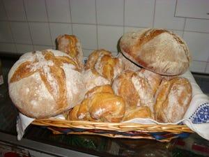 La sfida vinta di christian chiapparoli il dirigente che divent fornaio italia a tavola - Diversi tipi di pane ...