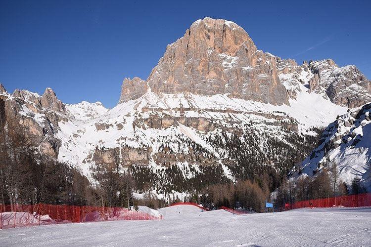 """La nuova """"Lino Lacedelli"""" impreziosisce lo sci ampezzano"""