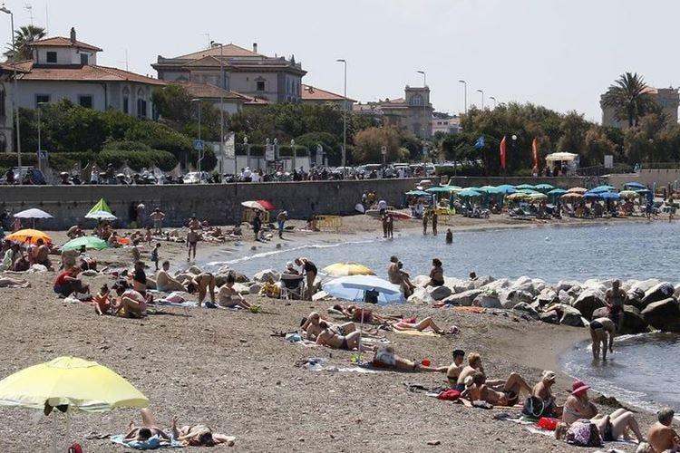 Volontari per controllare le spiagge Livorno ci pensa per l'estate