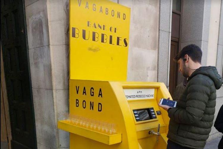 Londra, Bancomat eroga Prosecco Ira del Consorzio: «È una frode»