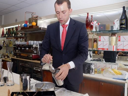 Il barman Luca Marcellin trionfa al Domaine de Canton Cocktail Contest