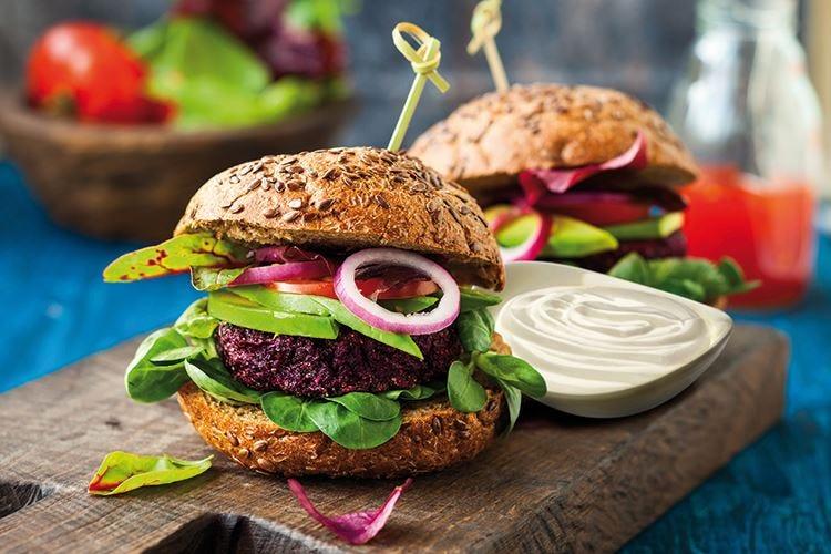Con la Maionese 100% Vegetale Develey soddisfa la ristorazione