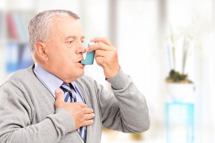 Malattie respiratorie per 9 milioni 1 italiano su 10 con tosse cronica