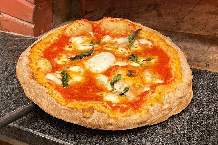 Massimo Cosmo La pizza napoletana a Prato