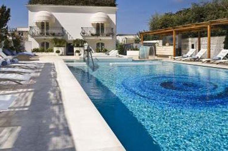 Melià Villa Capri riapre per la stagione In un hotel, tutto il fascino della costiera