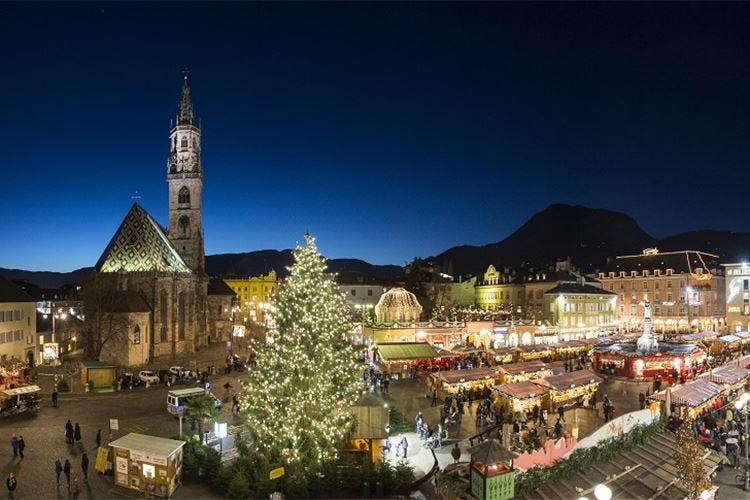 Natale alle porte, è tempo di… mercatini Da nord a sud vince la tradizione