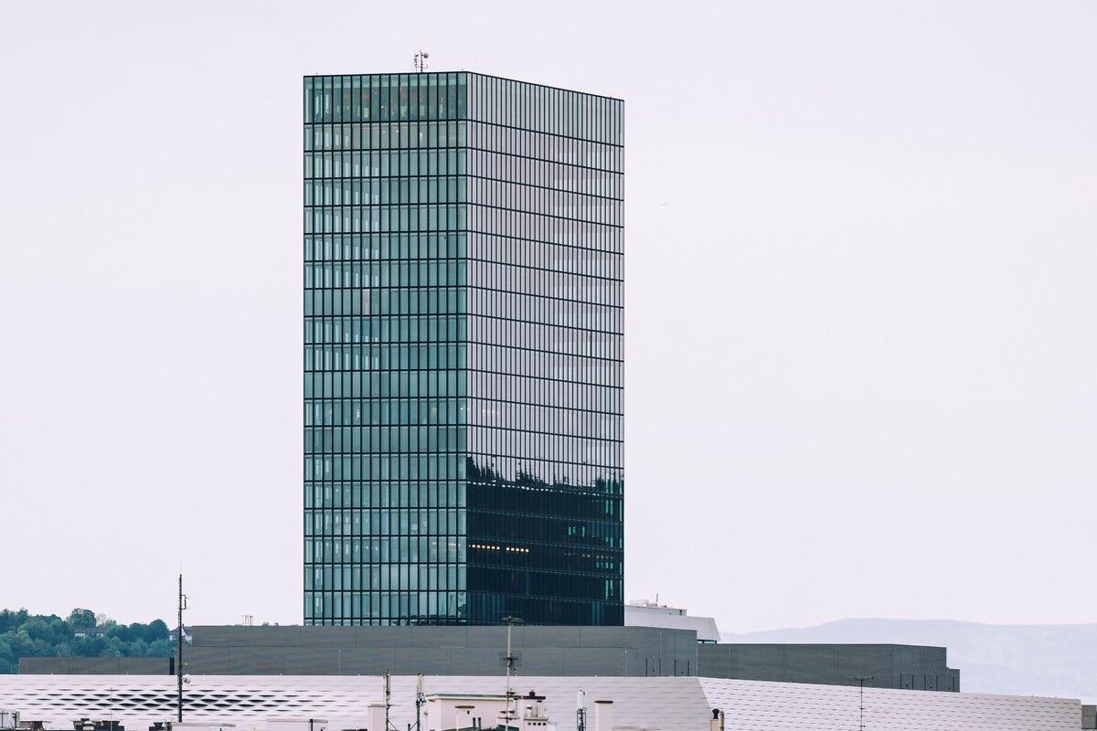 Il Messeturm di Morger & Degelo Arte, architettura ed esperienze: ecco Bailea, la New York della Svizzera