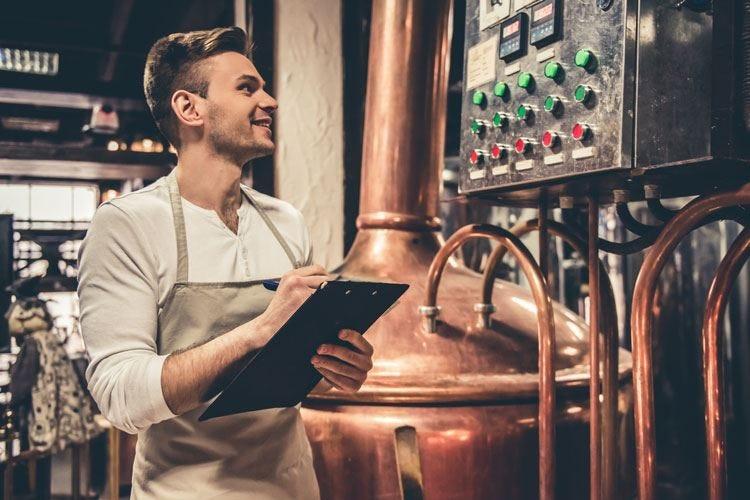 Microbirrifici, +400% tra il 2005 e il 2015 Oltre 500mila hl di birra artigianale l'anno