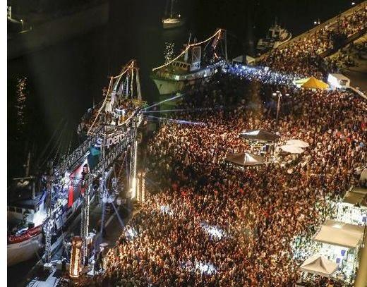 £$Warsteiner$£ alla Molo Street Parade 30 aree tra birra e musica a Rimini