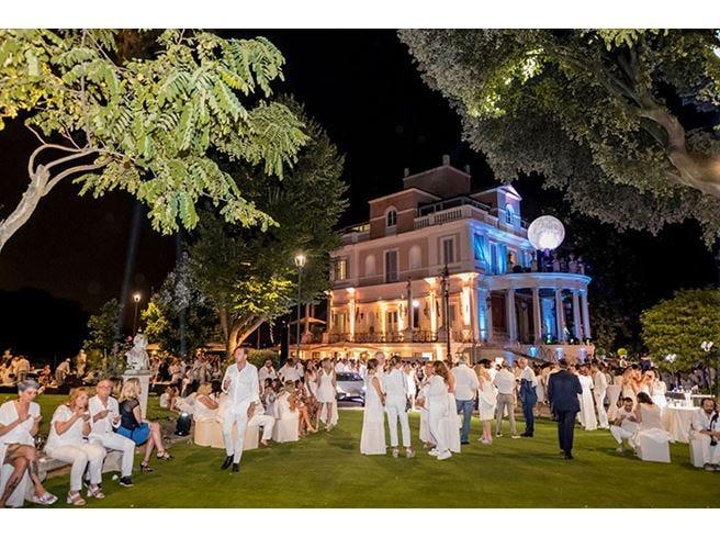 Moonlight Party, la magica serata col naso all'insù a Casina Valadier