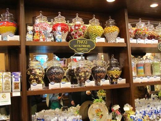 Le dolcezze di Giovanni Mucci Oltre 300 varietà di confetti