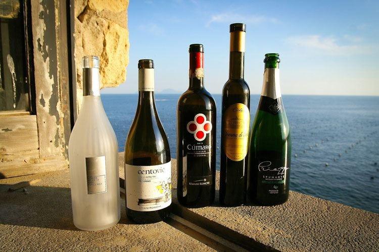 """Napoli Wine Challenge """"Cumaro"""" di Umani Ronchi in vetta"""