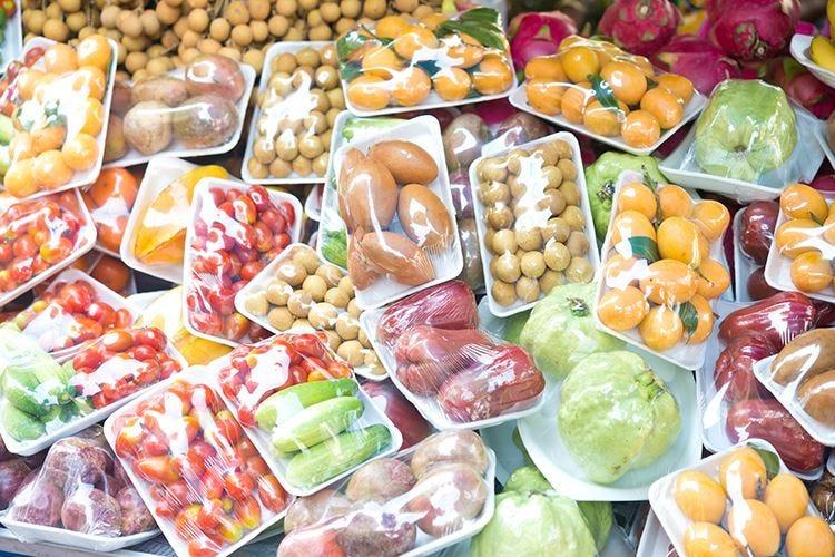 Nude food, no agli imballaggi per tutelare l'ambiente
