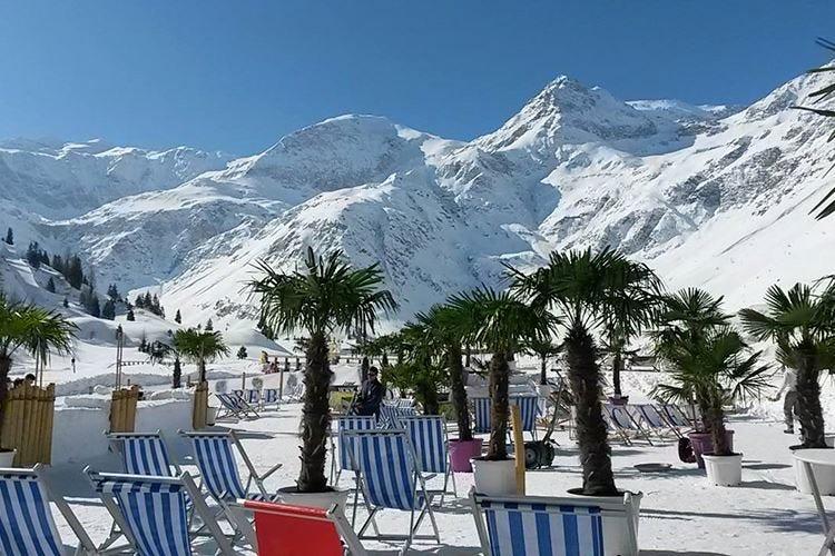 Sciare in mezzo alle palme L'idea di Gastein, in Austria