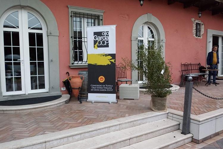 Olio Garda Dop Chiave per turismo e ristorazione