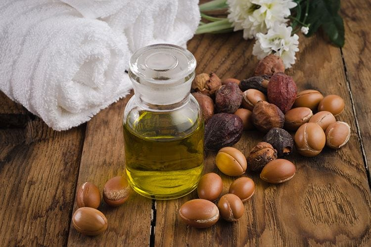 Olio di argan, elisir di bellezza Si usa anche in cucina