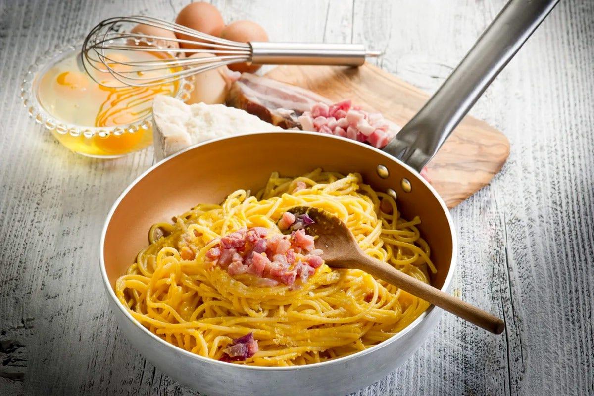Per il 26% degli italiani la pasta migliore a cena è la Carbonara