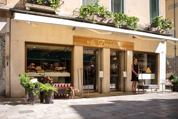 Pasticceria Caffè La Donatella Dolci creazioni alla regata veneziana