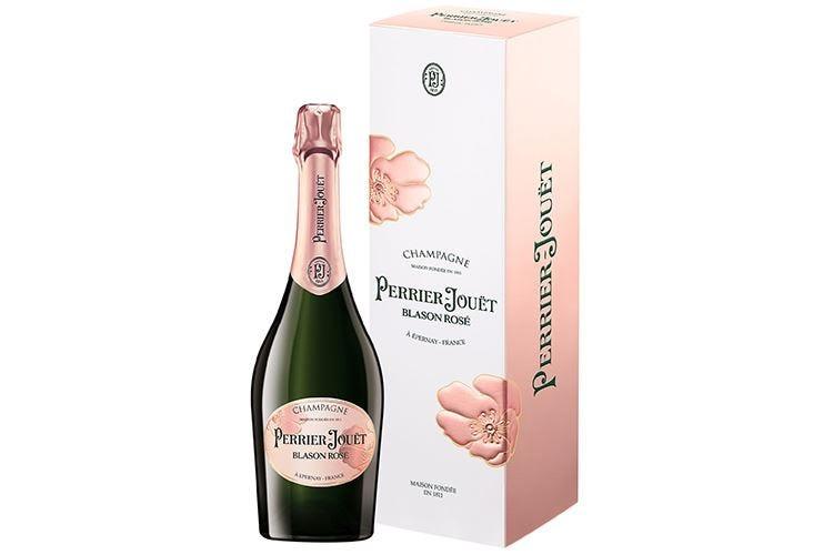Perrier-Jouët svela la nuova veste di Blason Rosé e di Blanc de Blancs