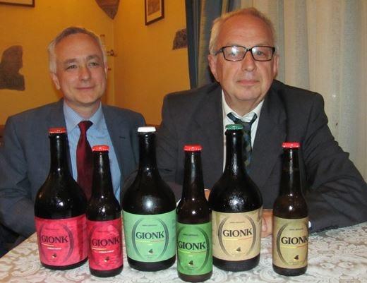 Gionk, la nuova birra artigianale al fieno, al timo e ambrata rossa