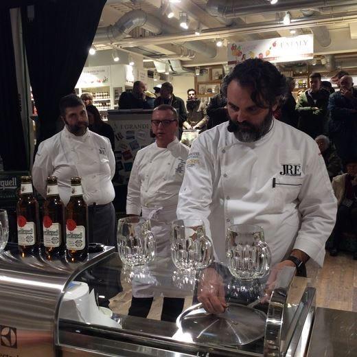La birra non filtrata Pilsner Urquell incontra gli chef Jre a Eataly Smeraldo