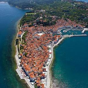 Pirano, perla slovena sull'AdriaticoUn affascinante tuffo nella storia