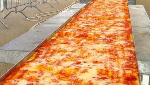 A Napoli la pizza più lunga del mondo per sostenere la candidatura Unesco