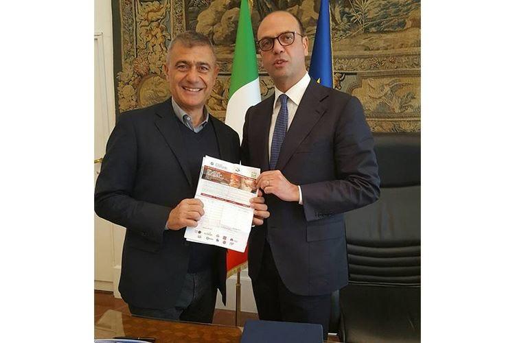 #PizzaUnesco, il Ministro Alfano sostiene la candidatura a Patrimonio dell'umanità