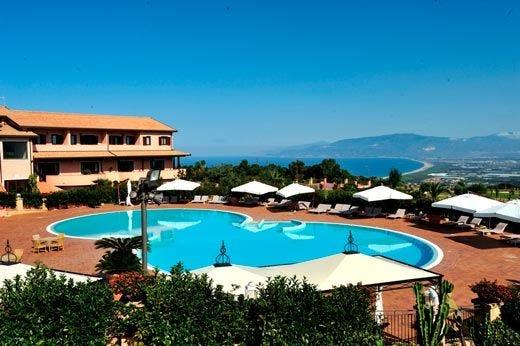 """Pasqua al Popilia Country Resort Pacchetti benessere """"Palma"""" e """"Ulivo"""""""