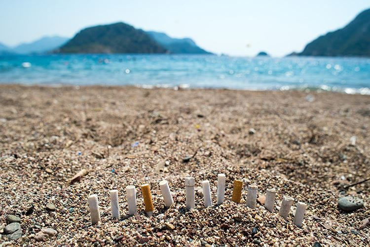 Porto Cesareo, no sigarette in spiaggia Vietato anche l'utilizzo di plastica