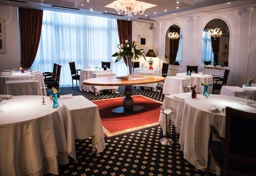 Sala E Cucina Insieme : Riapre il ristorante perbellini nuova veste e prezzi sobri