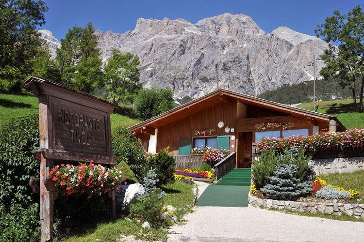 Ristorante Tivoli di Cortina d'Ampezzo Da 20 anni al servizio delle Dolomiti