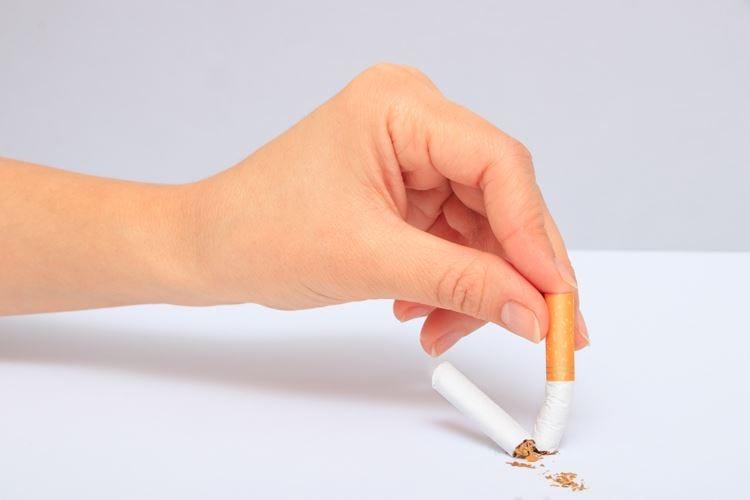 Smettere di fumare I benefici sorgono a lungo termine
