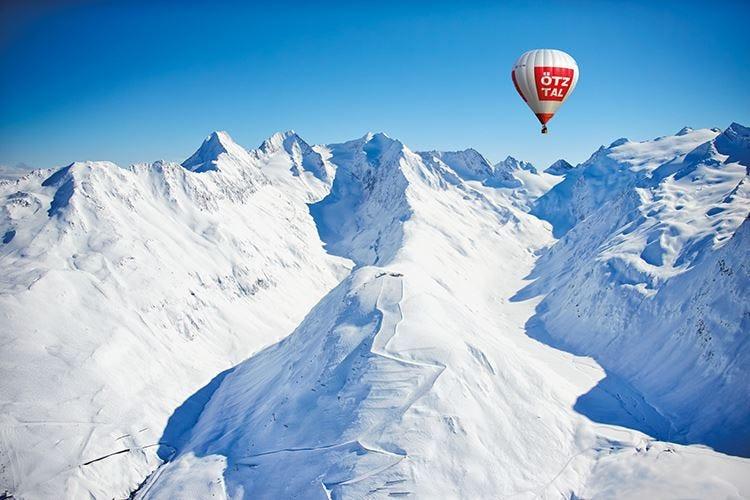 Sölden, sciare in autunno Nuova cabinovia da 10 posti