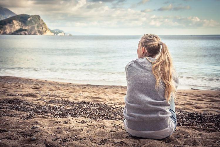 La solitudine nell'era digitale Stop ai social tra le possibili soluzioni
