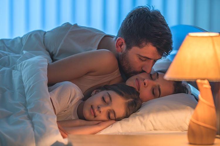 Sonno regolare in quarantena Un aiuto per calmare lo stress