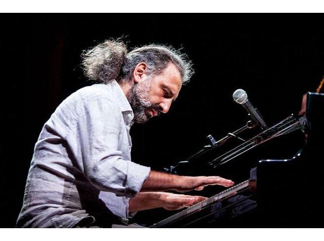 Spoleto, il 10° Premio Monini al musicista Stefano Bollani