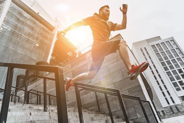 Sport e attività fisica Allenarsi di mattina aiuta la costanza
