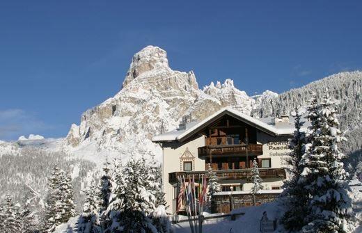 Sporthotel Panorama in Alta Badia Un'oasi di tranquillità tra le piste da sci