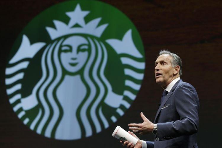 Starbucks in Italia, il ceo Howard Schultz: Non vogliamo insegnare come si fa il caffè