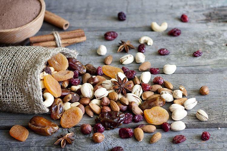 Sui social spopola la #fruttasecca Alimento chiave per una dieta sana