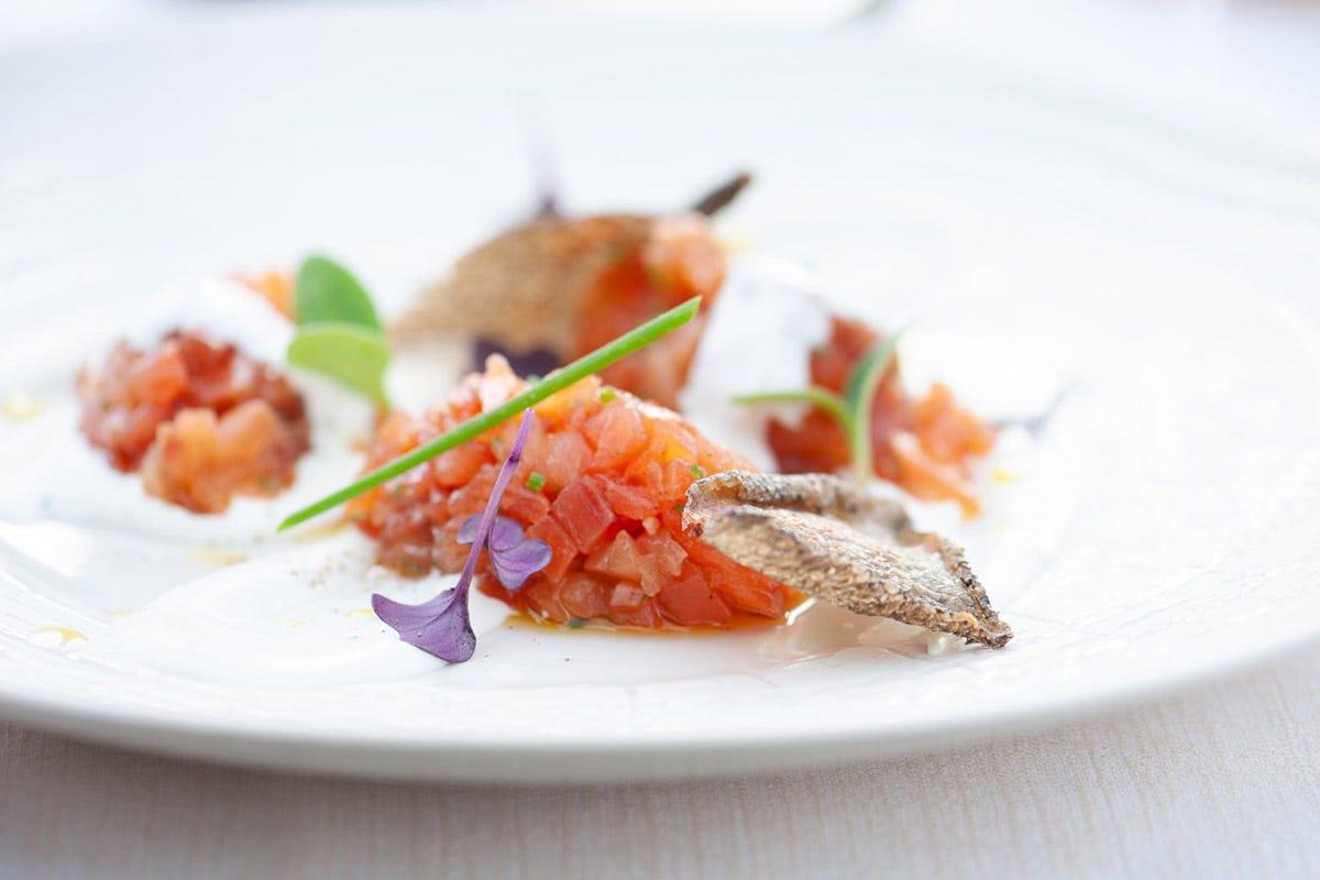 Tartare di Trota Centotttanta Cantina&Cucina Clarabella Pesci di lago e di fiume nel menu di 42 ristoranti