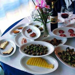 Passato nobile e cucina siciliana alle Tenute Villa Giulia di Randazzo