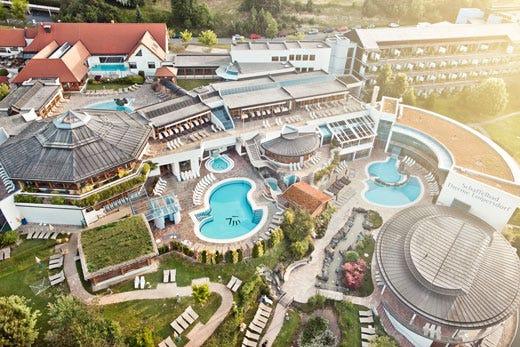 Relax e benessere a Loipersdorf nel resort termale più grande d ...