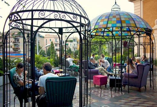 The Corner Townhouse a Roma Ristorante, bistrot e lounge garden ...