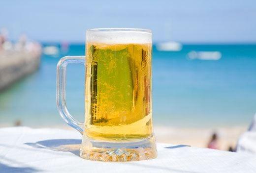 Le migliori birre sotto l'ombrellone? Lager, Weizen, Saison e non solo...