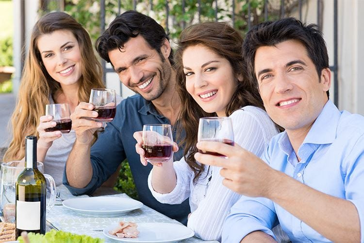 Alcolici, italiani contro l'abuso -5% di consumatori in 5 anni