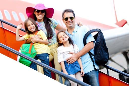 Estate, 36 milioni di italiani in viaggio Il 76% sceglie il Belpaese, il 27% l'estero