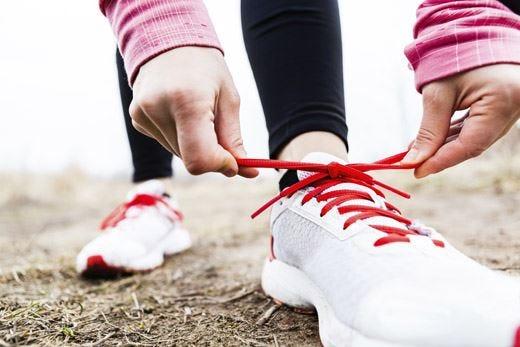 Movimento, cibo sano e acqua I consigli per ripartire in salute