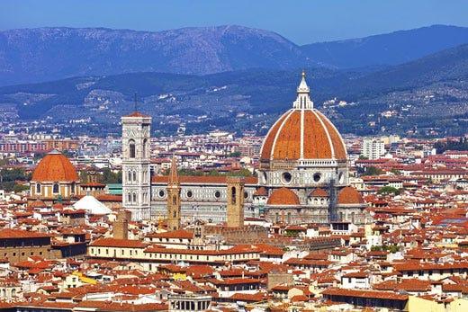 L'enogastronomia italiana a Firenze tra premiazioni, talk show e stile